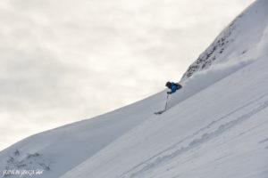 snowcat-skiing